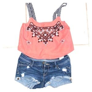 Xs Crop top and hollister jean shorts